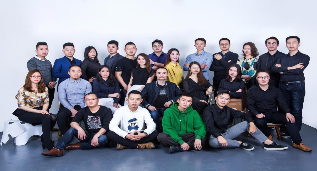 众鑫国际官网设计师团队.jpg